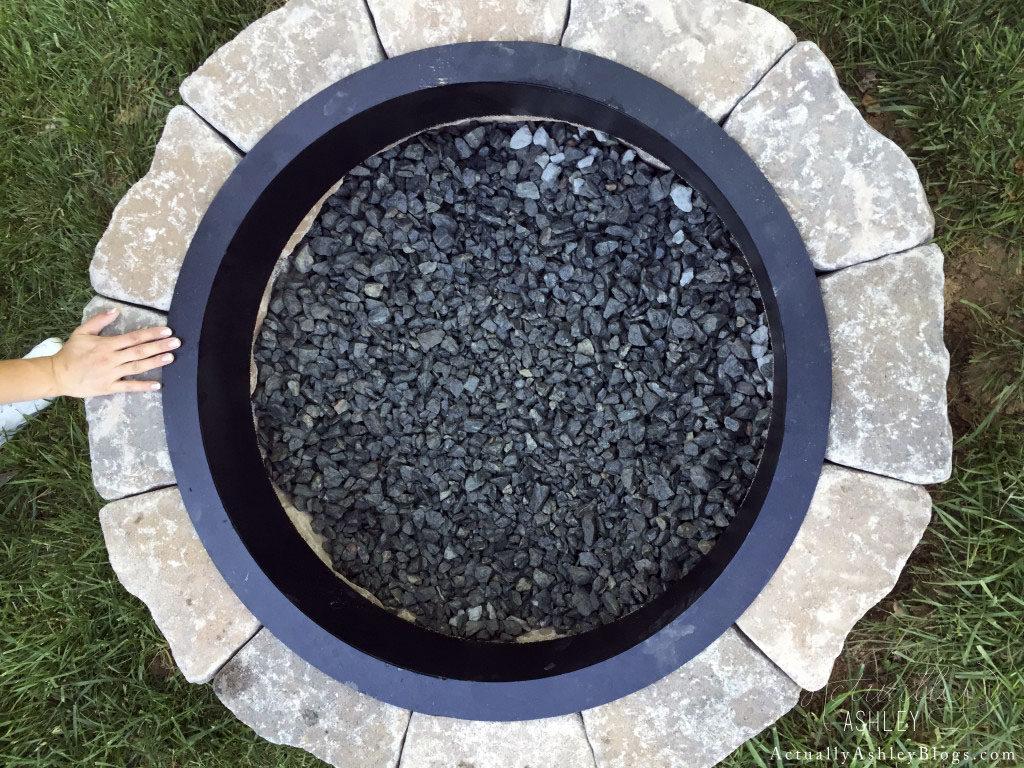 FIRE-PIT-DIY-ACTUALLY-ASHLEY-4-1024x768