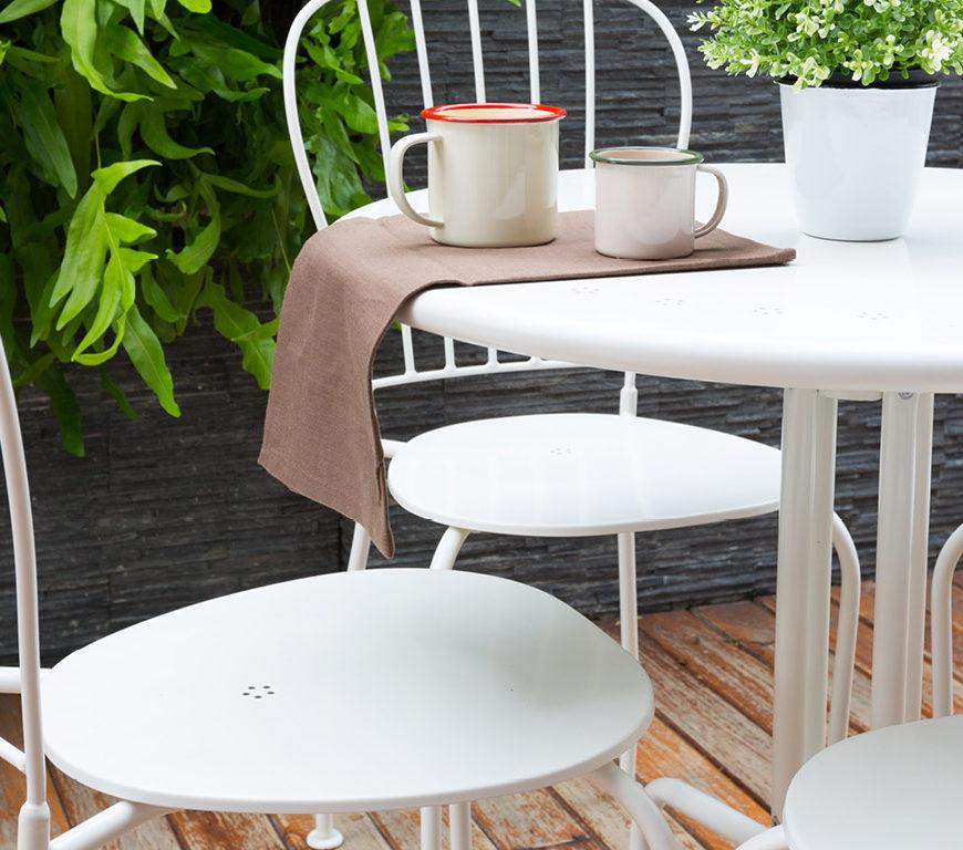 Indoor/Outdoor Furniture